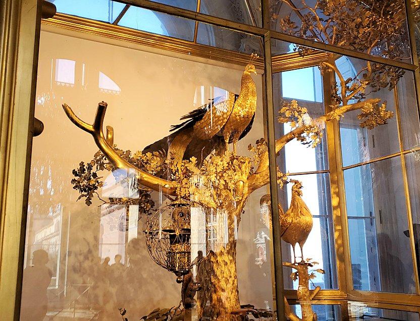 エルミタージュ美術館の「パヴィリオンの間」にある孔雀時計