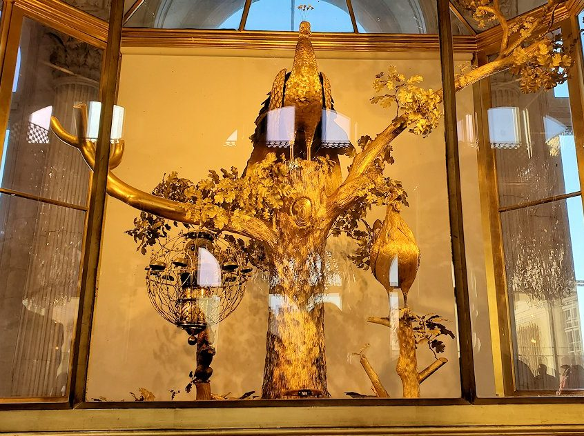 エルミタージュ美術館の「パヴィリオンの間」にある孔雀時計-1