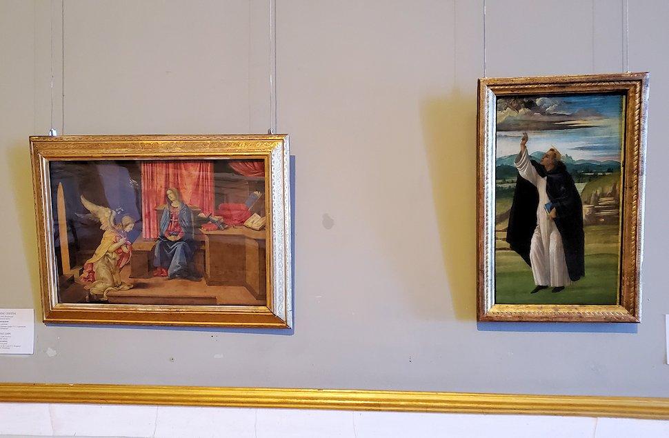 左:『受胎告知』 by フィリッポ・リッピ 右:『聖ドミニコ』 by サンドロ・ボッティチェッリの絵画