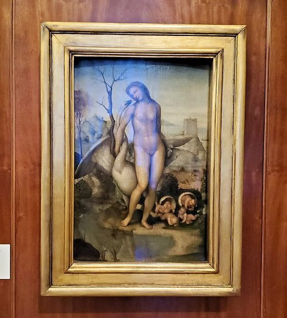 エルミタージュ美術館の「レオナルド・ダ・ヴィンチの間」に飾られている絵画