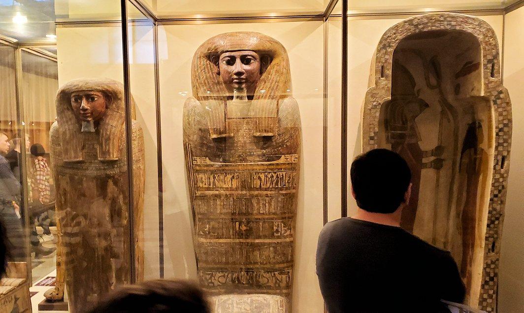 エルミタージュ美術館で「エジプト展」を見て回る-1