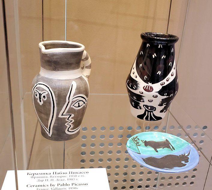 エルミタージュ新館にある「パブロ・ピカソの間」の陶器作品