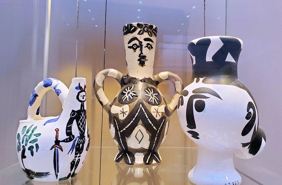 エルミタージュ新館にある「パブロ・ピカソの間」の陶器作品-1