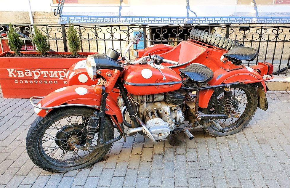 サンクトペテルブルク市内に置かれていたバイク