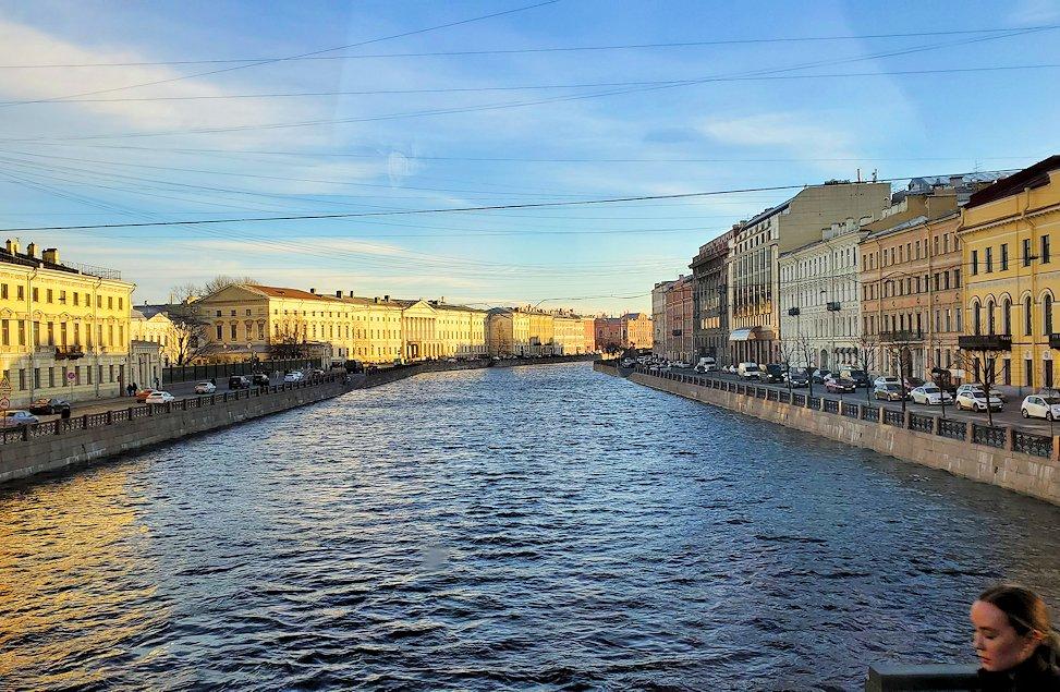 サンクトペテルブルク市内を走るバスから見えた景色