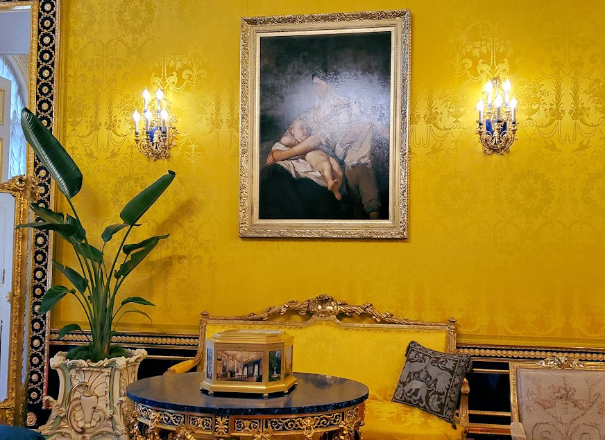エカテリーナ宮殿の「リオンの間」-2