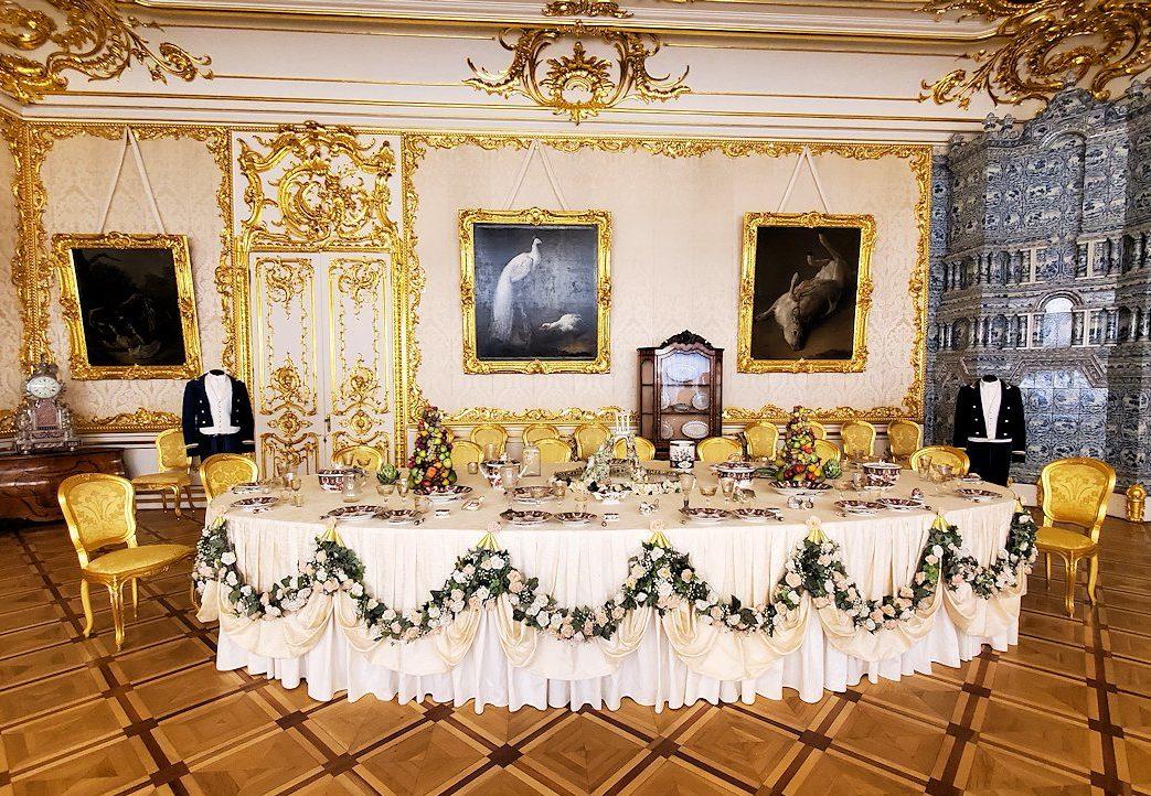 エカテリーナ宮殿の「白の主食堂」の内装-1