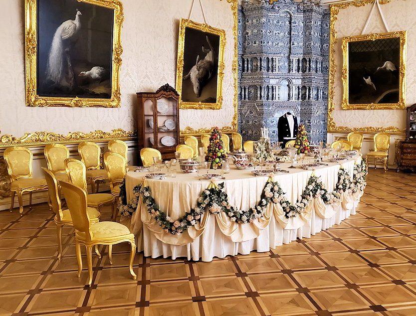 エカテリーナ宮殿の「白の主食堂」の景色