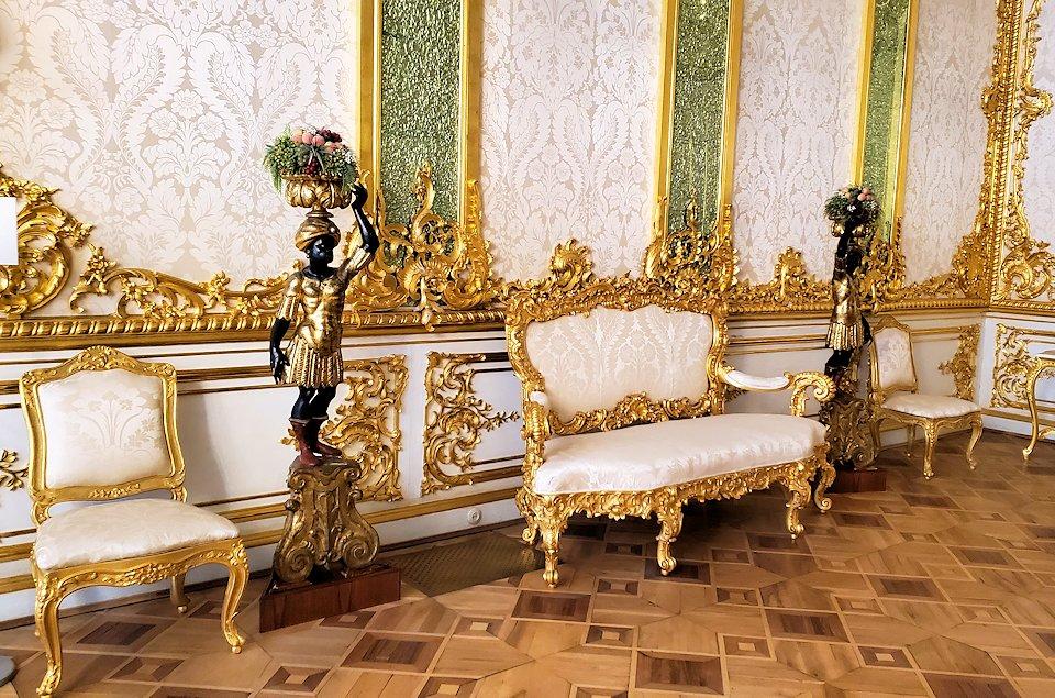 エカテリーナ宮殿でも食堂だったお部屋の内装
