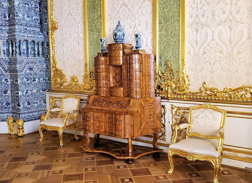 エカテリーナ宮殿で「肖像画の間」を訪れる