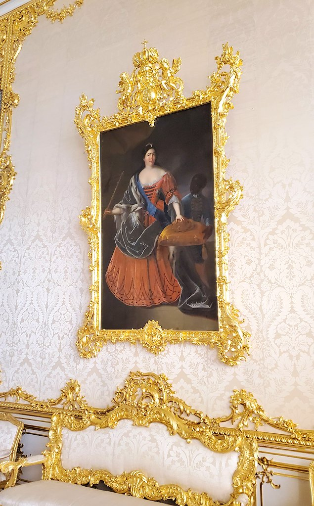 エカテリーナ宮殿で「肖像画の間」に飾られていたエカテリーナ1世の肖像画