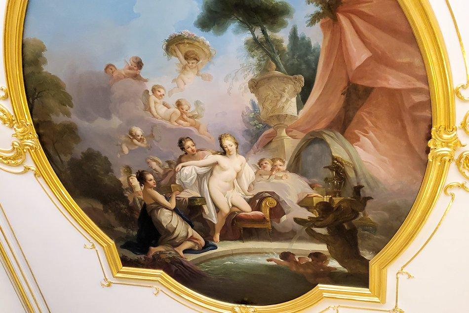 エカテリーナ宮殿の「小・白の食堂」の天井画