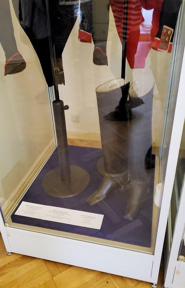エカテリーナ宮殿の2階にあった部屋にあったブーツ