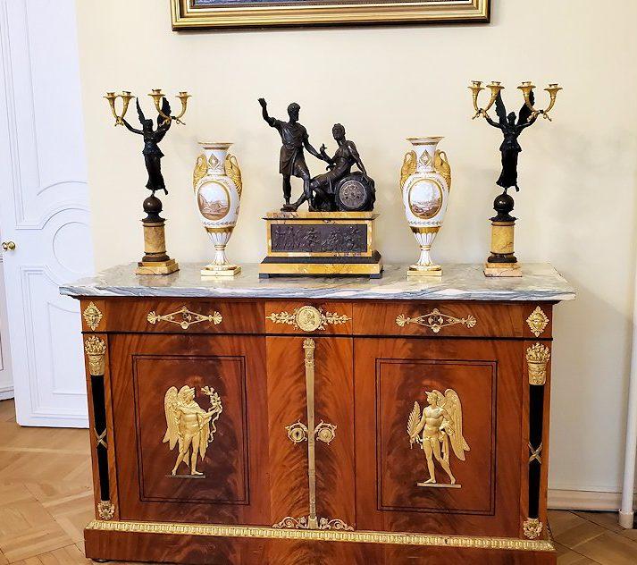 エカテリーナ宮殿の「絵画の書斎」に飾られていた置物