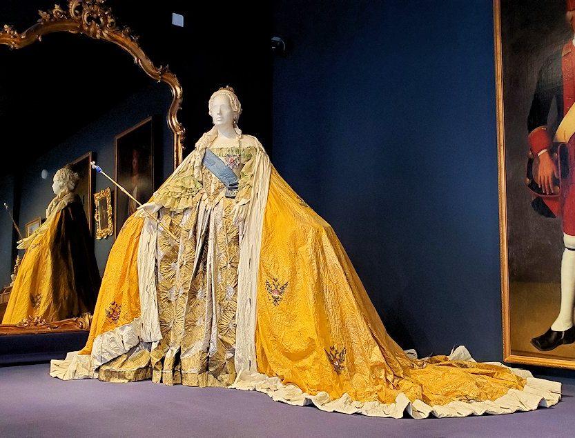 エカテリーナ宮殿に飾られている、エカテリーナ二世の着ていた衣類