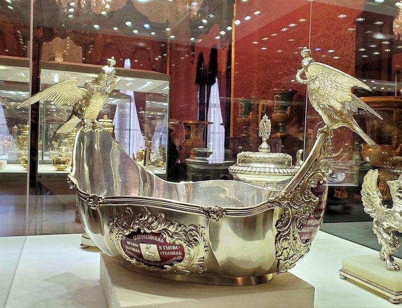 ファベルジェ博物館に置かれていた高級金細工製品の器