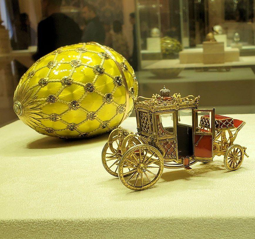 ファベルジェ工房が製作したイースターエッグ「戴冠式の卵」