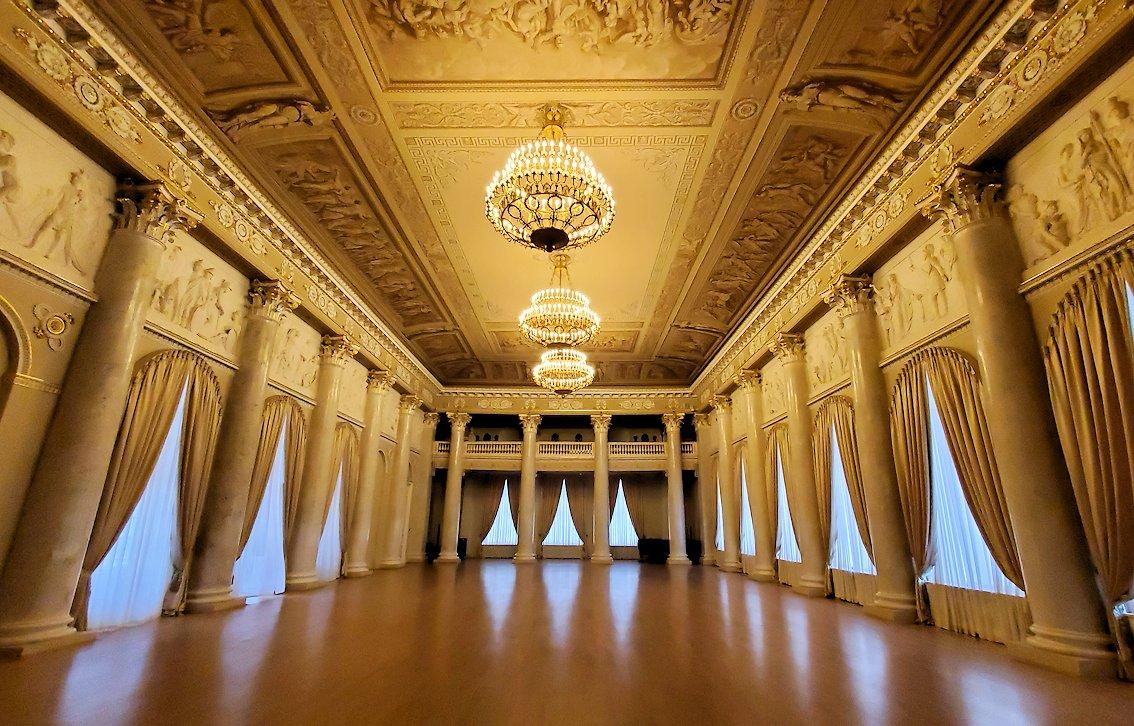 ファーベルジュ博物館にある大広間の景色