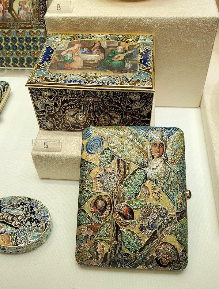 ファベルジェ博物館に展示されている豪華な品々-1