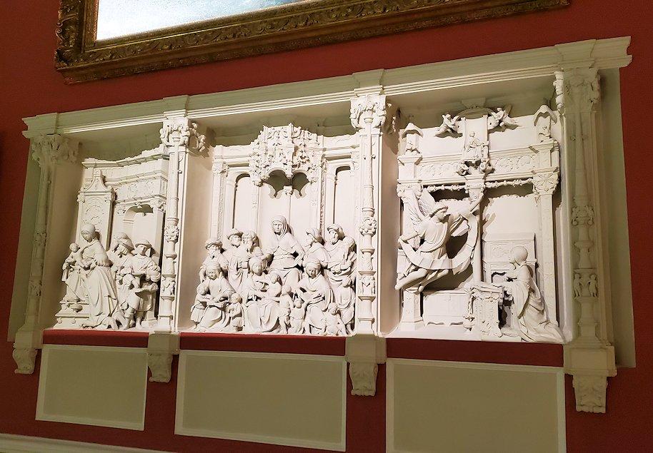 ファベルジェ博物館にある絵画ルームに展示されている作品-2