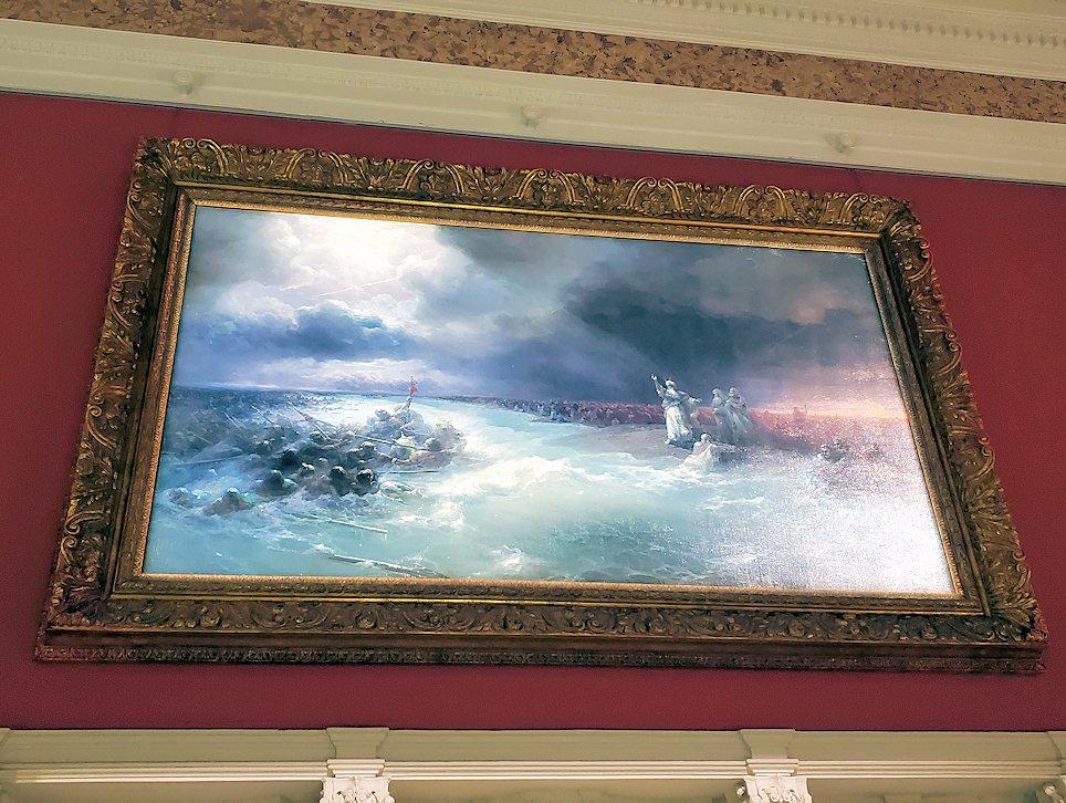 ファベルジェ博物館にある絵画ルームに展示されている絵画