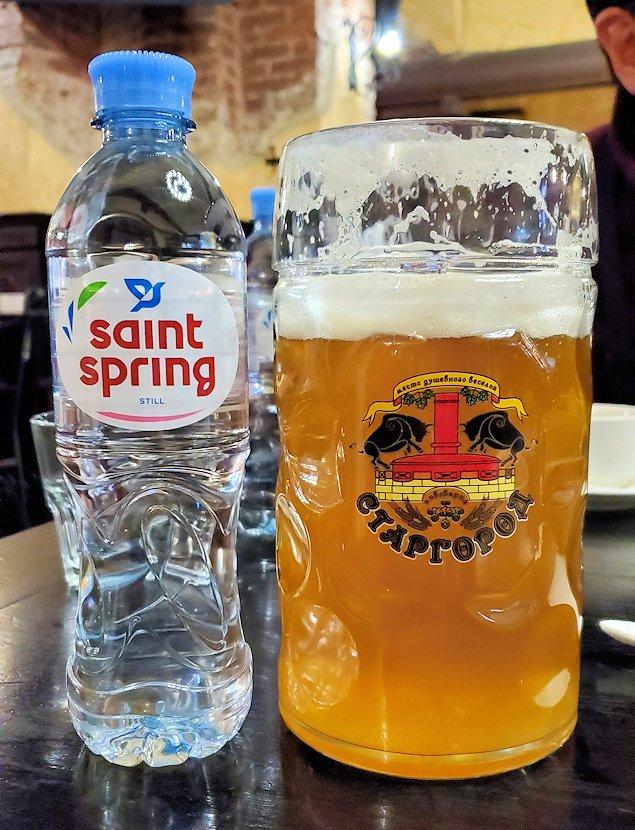 サンクトペテルブルク市内の【スタルゴロド】で飲むビール大ジョッキ