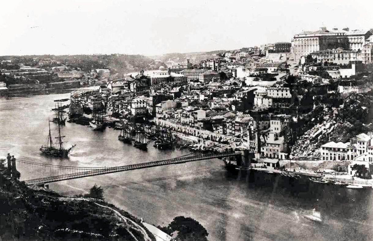 ドン・ルイス1世橋 建設中の昔の写真